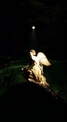 Angel ... (Click to enlarge)
