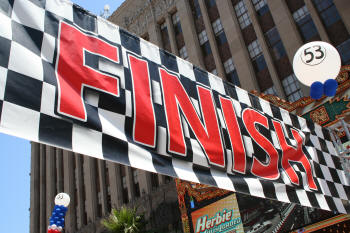 http://curezone.com/upload/Blogs/FinishLine1.jpg