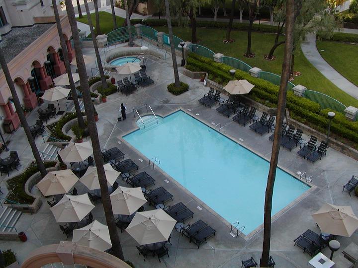 Pool Marriott Costa Mesa June 05