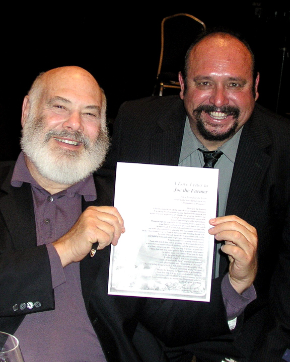 http://curezone.com/upload/Blogs/Your_Enchanted_Gardener/Andrew_Weil_Joe_WEB.jpg