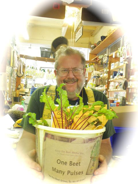 http://curezone.com/upload/Blogs/Your_Enchanted_Gardener/Bill_Tall_and_Keep_the_beet.jpg