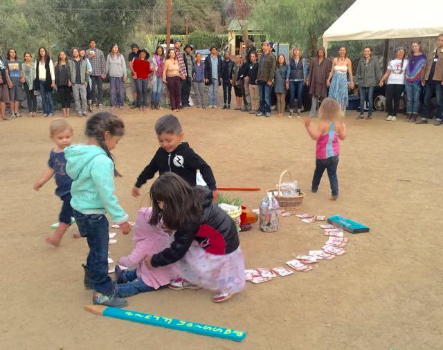 http://curezone.com/upload/Blogs/Your_Enchanted_Gardener/Children_Closing_Ceremony.jpg