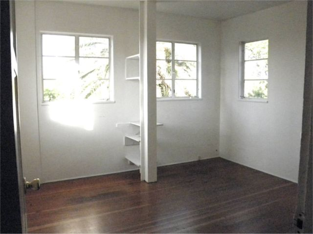 http://curezone.com/upload/Blogs/Your_Enchanted_Gardener/Garden_View_Upstairs_Room_Enchanted_Garden.jpg