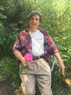 http://curezone.com/upload/Blogs/Your_Enchanted_Gardener/IMG_2565_1_.jpg
