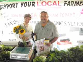 http://curezone.com/upload/Blogs/Your_Enchanted_Gardener/Joe_Rodriguez_Jr_and_Leslie_Hillcrest_Farmers_Market.jpg