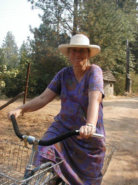 http://curezone.com/upload/Blogs/Your_Enchanted_Gardener/Katrina_Frey_GMO_PUSH_BACK_.jpg