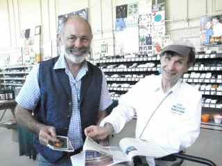http://curezone.com/upload/Blogs/Your_Enchanted_Gardener/Paul_Wallace_and_Leslie_Goldman_Petaluma_Seed_Bank_Sept_6_20124.jpg