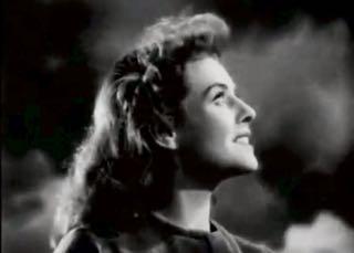 http://curezone.com/upload/Blogs/Your_Enchanted_Gardener/Paulette_Goddard_The_Great_Dictator_Hannah_Look_Up.jpg