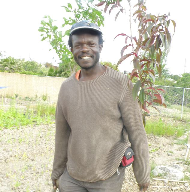http://curezone.com/upload/Blogs/Your_Enchanted_Gardener/malaki_at_new_roots.jpg