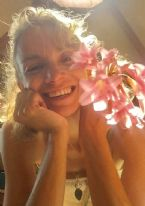 http://www.curezone.org/upload/Blogs/Your_Enchanted_Gardener/tn-IMG_8888.jpg