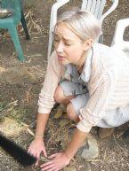 http://curezone.com/upload/Blogs/Your_Enchanted_Gardener/tn-image2.jpg