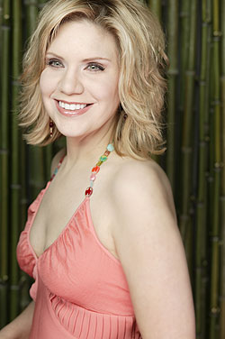 http://curezone.com/upload/Blogs/alisonkrauss.jpg