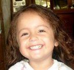 Amanda smiling ... (Click to enlarge)