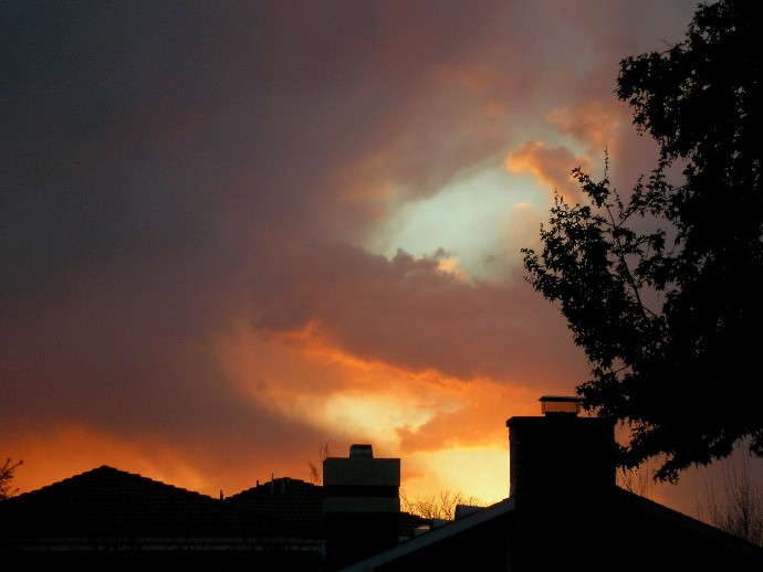 http://curezone.com/upload/Members/LioraLeah/Sunset_Curezone_3_16_2008_3.jpg