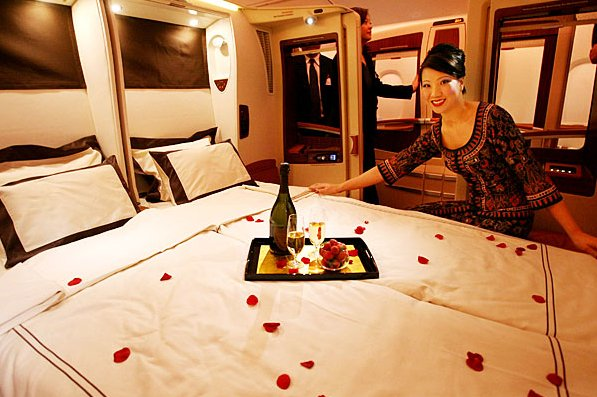 Airbus A380 Breakfast in bed