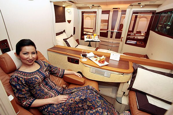 Airbus A380 Cabin ... (Click to enlarge)