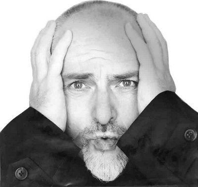 //www.curezone.org/upload/Photos/electrokingdom_and_peter_gabriel.jpg