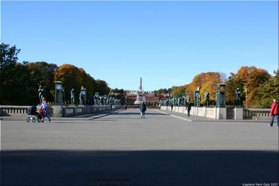 Vigeland Sculpture Park part of Frogner Park Oslo 2007 009
