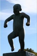 01 Vigeland Sculpture Park part of Frogner Park Oslo 2007 149
