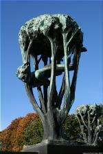 Vigeland Sculpture Park part of Frogner Park Oslo 2007 070