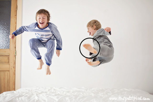 http://curezone.com/upload/_A_Forums/Ask/how_to_take_photos_of_kids_jumping_on_the_bed_by_Lisa_Tichane_1.jpg