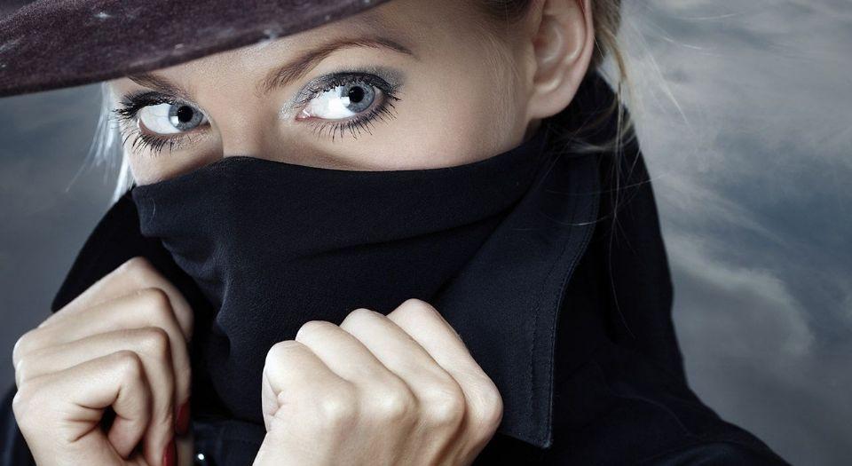 шпионские фото женщин проблем