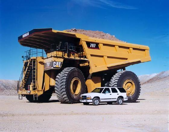Cat 797 haul truck Fort McMurray ... (Click to enlarge)