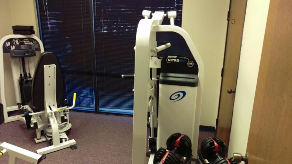 http://curezone.com/upload/_E_F_Forums/Exercise/personal_trainer_in_Arlington.jpg
