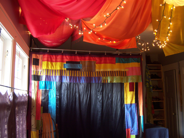 making a chakra ceiling installation at helfinger s salon with image embedded topic 1502523. Black Bedroom Furniture Sets. Home Design Ideas