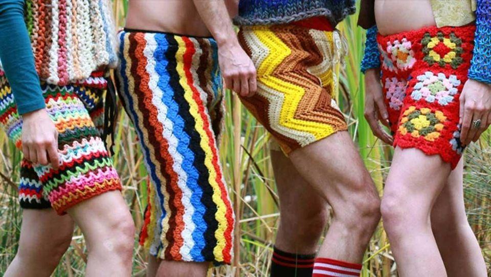 http://curezone.com/upload/_I_J_Forums/Just_for_fun/crochet_shorts_schuyler_ellers_lord_von_schmitt.jpg
